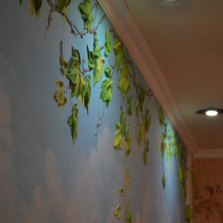 """Объемная роспись стены и барельеф Натальи Хна """"Италия о. Капри"""". Выполнен гипсовой штукатуркой, акрилорвыми красками. Заказать барельеф в квартиру."""