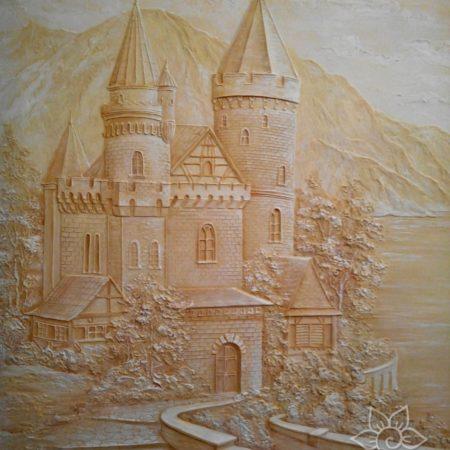 Барельеф Замок на кухне