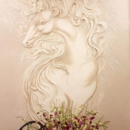 Барельеф Ветреная лошадка в интерьере