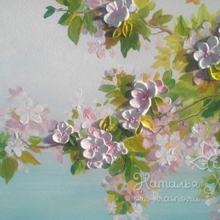 Яблоневый сад, барельеф цветы на дереве