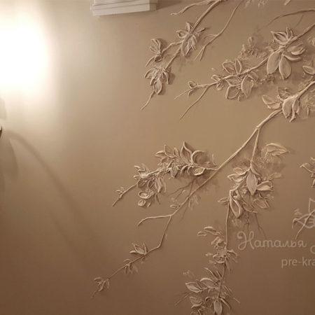 Дерево с Ангелом. Барельеф Натальи Хна