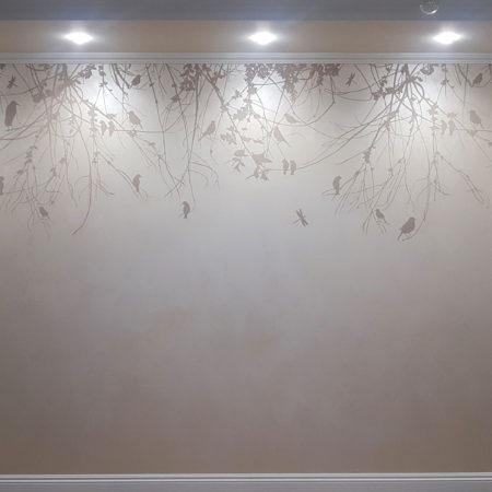 Фреска птицы на ветках